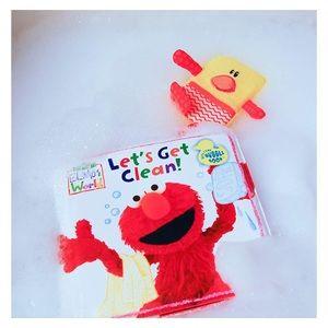 1 Elmo's World Sesame Street Bubble Bath Book NIP